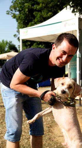 Pause avec son chien-crédit APRR