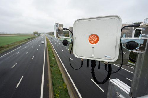 Equipement permettant la connectivite  véhicules – autoroute